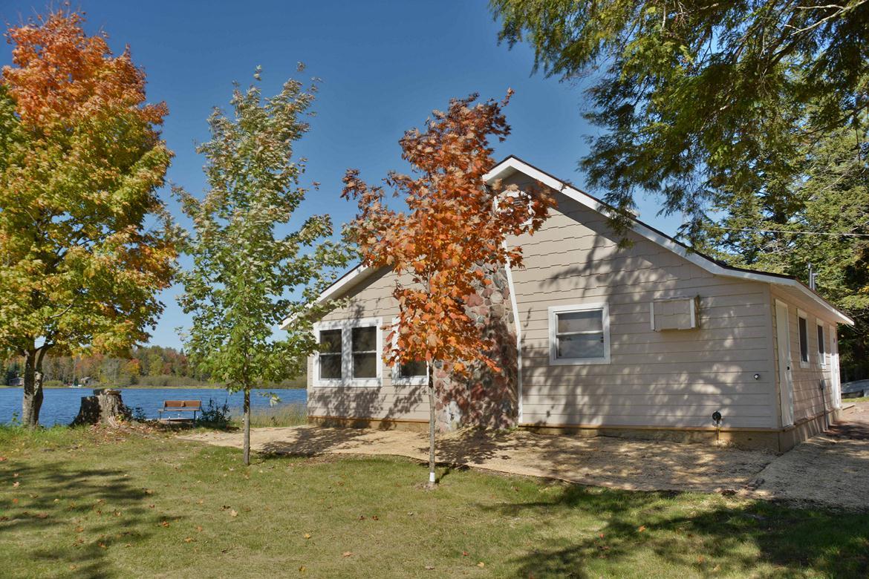 Upper clam lake wisconsin cabin rental clam lake wisconsin for Cabins on lake michigan in wisconsin