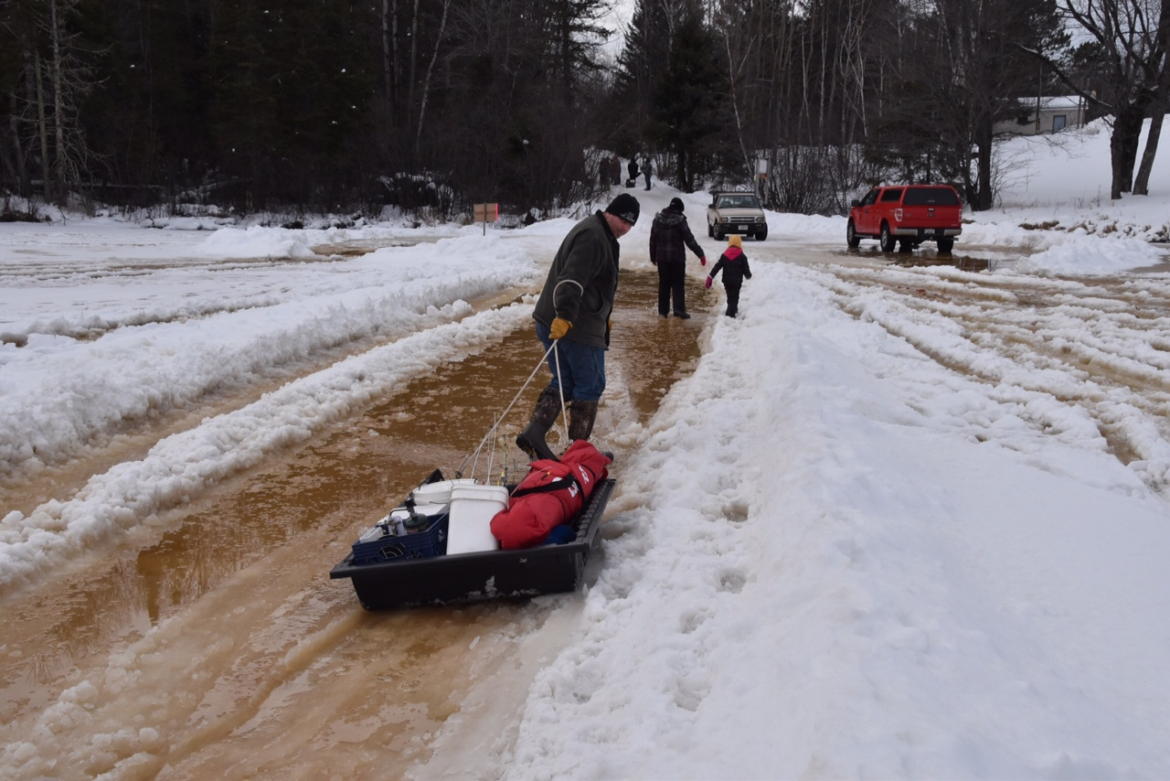 Clam lake wisconsin elk country atv club 2015 ice for Ice fishing extravaganza