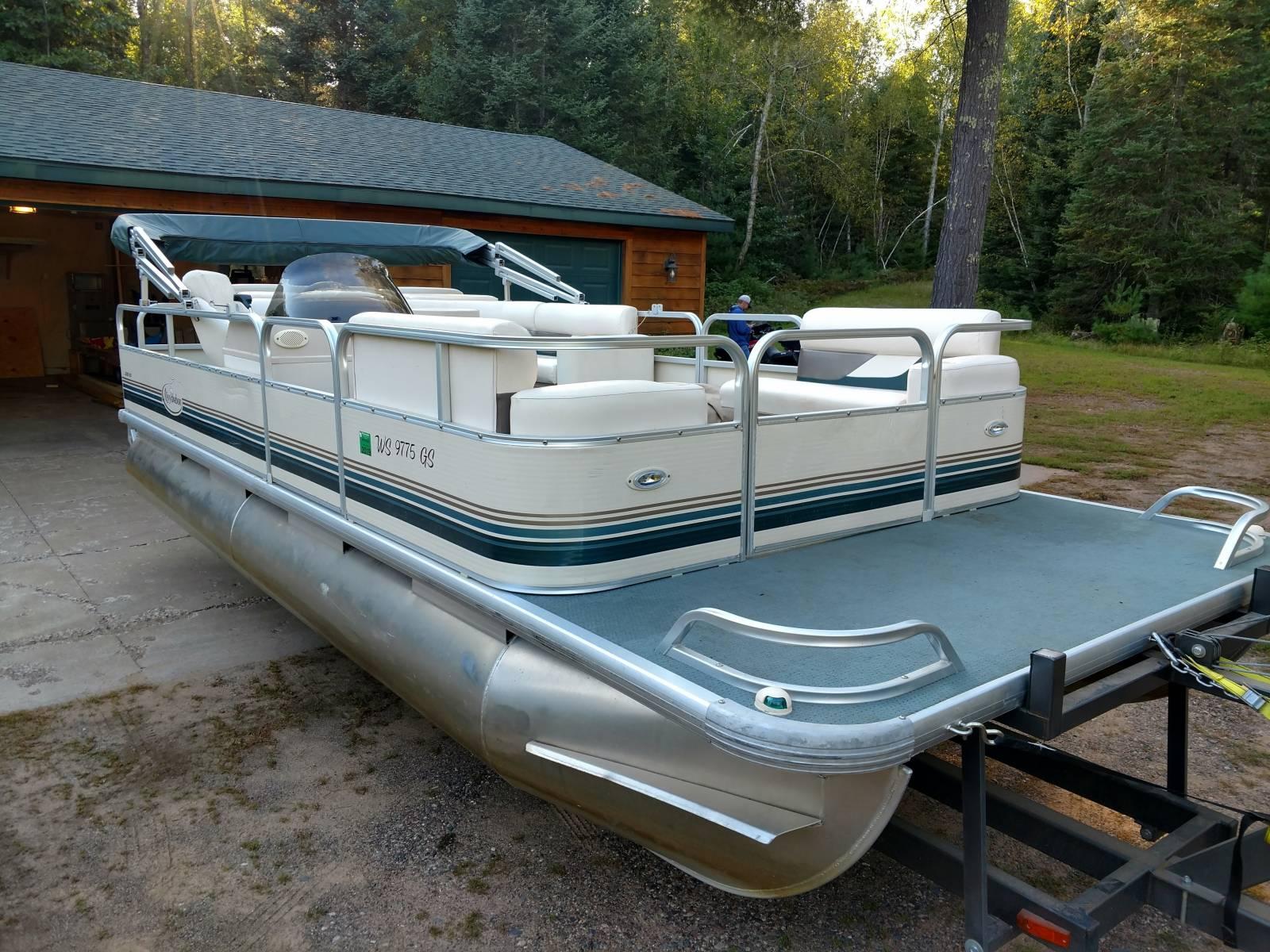 Clam Lake, WI Pontoon Boat Rental